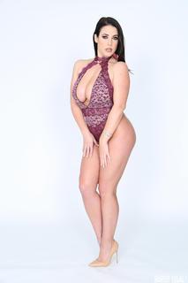Curvy Girls 9